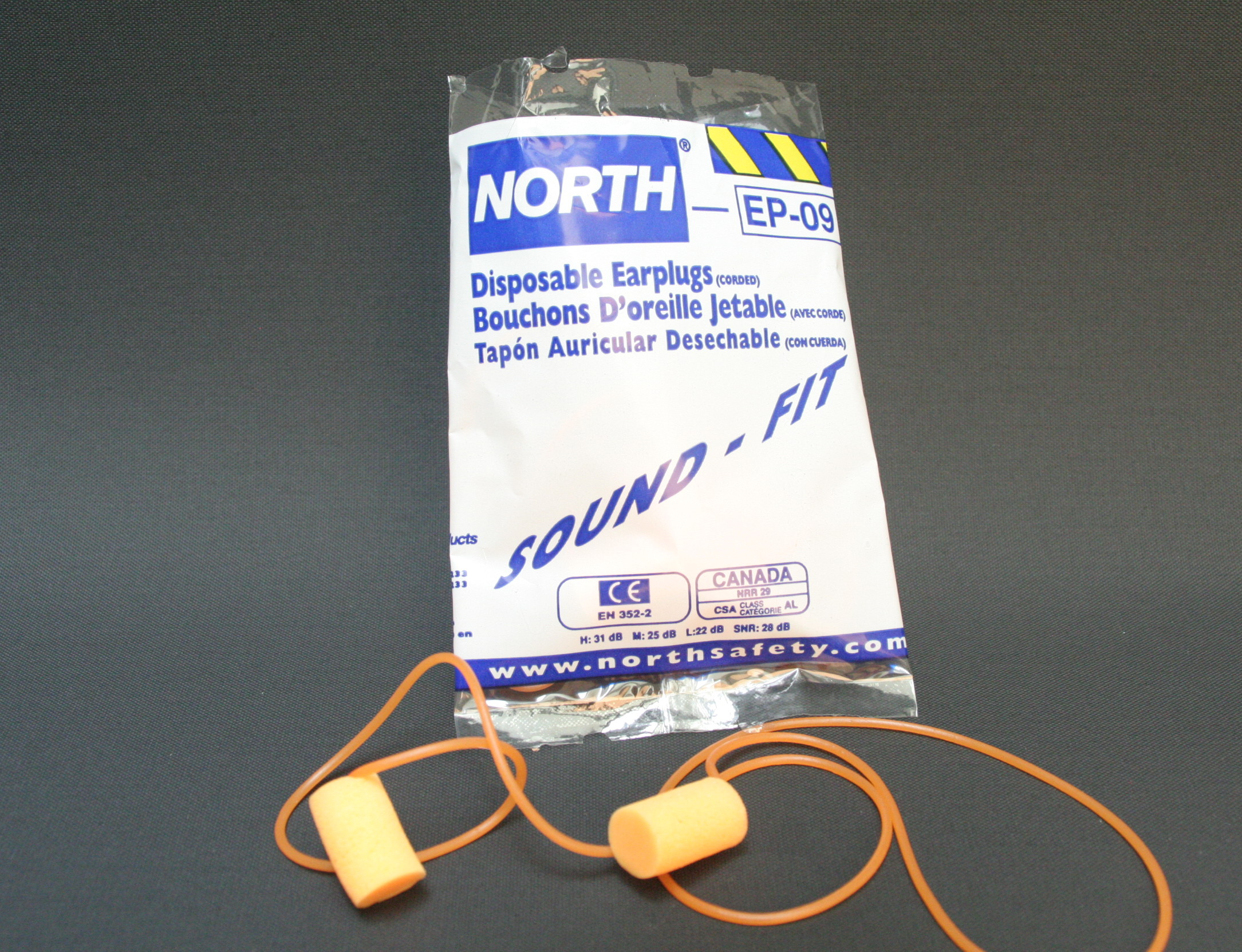 Oregon 515067 Ear Plugs with Neck String and Box SNR 25 dB