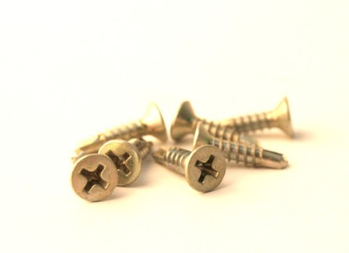 Window Screws - Bright Zinc Plated 3.9 x 16mm